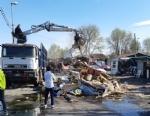 TORINO-BORGARO - Controlli al campo nomadi: sequestrato rame e abbattute delle baracche - immagine 1