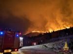 ALLARME INCENDI - Sessanta persone evacuate dai vigili del fuoco a Givoletto, Cafasse e Corio - FOTO - immagine 1