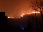 ALLARME INCENDI - Rientrano in casa le persone evacuate. Resta lemergenza a Givoletto e Cafasse - FOTO e VIDEO - immagine 1
