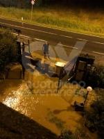 MALTEMPO - Tappeti di grandine, strade, cantine e garage allagati - FOTO - immagine 8