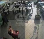BORGARO - Ladre di mance al Bar Agorà: le immagini postate su Facebook - immagine 1