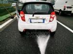COLLEGNO - Tamponamento in tangenziale: tre auto coinvolte e forti disagi al traffico - immagine 1