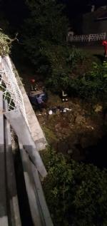 CAFASSE-VARISELLA - Rubano in una villa ma poi finiscono fuori strada: caccia alla banda di ladri - immagine 1