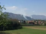 CASELETTE-VAL DELLA TORRE - Un vasto incendio distrugge i boschi del Musinè - FOTO - immagine 1