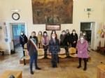 VENARIA - Il pediatra Giovanni Costa va in pensione: premiato dal sindaco Giulivi - FOTO - immagine 1