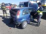BORGARO - MAXI INCIDENTE IN TANGENZIALE: cinque auto coinvolte, un ferito portato in ospedale - immagine 1