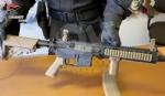 MATHI - Sparavano dal balcone ai passanti con un fucile softair: denunciati due minori - immagine 1