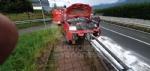 INCIDENTE SULLA SP2 - Auto esce di strada e si infila nel guardrail - FOTO - immagine 1