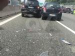 RIVOLI - Doppio incidente in tangenziale: sei auto coinvolte e cinque persone rimaste ferite - immagine 1