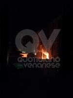 VENARIA - Incendio nella pizzeria <Da Angelo>: notte di paura per tanti residenti - immagine 1