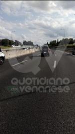 RIVOLI - Scontro fra tre auto in tangenziale: due feriti e 12 chilometri di coda - immagine 1