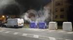 BORGARO - A fuoco due bidoni della raccolta differenziata: indagini in corso - FOTO - immagine 1