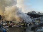 SAVONERA - A fuoco rifiuti plastici allinterno della ex Publirec: ennesimo episodio - immagine 1