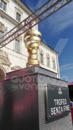IL GIRO DITALIA A VENARIA - La partenza della tappa decisiva - FOTO e VIDEO - immagine 1