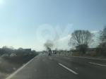 TORINO-BORGARO - Tir prende improvvisamente fuoco in tangenziale - immagine 1