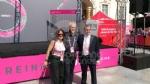 GIRO DITALIA A VENARIA - Grande folla per la carovana del Giro - FOTO - immagine 16