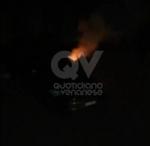 VENARIA - A fuoco unauto in via Don Sapino: nuova firma del piromane? - immagine 1