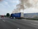 COLLEGNO - Tir prende fuoco mentre percorre la tangenziale - immagine 5