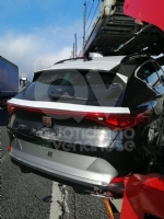 RIVOLI - Bisarca rischia di perdere unauto: caos e disagi in tangenziale - FOTO - immagine 1
