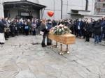 VENARIA - Lacrime e applausi per lultimo saluto a Fabio Artesi - immagine 6