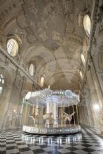VENARIA - Nella Galleria Grande della Reggia approda la «Giostra di Nina» - FOTO - immagine 1