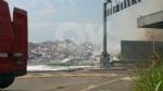 SAVONERA-COLLEGNO - Ennesimo incendio alla ex Publirec: colonna di fumo visibile dalla tangenziale - immagine 1