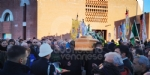 BORGARO - Più di mille persone per lestremo saluto allex sindaco Vincenzo Barrea - FOTO - immagine 23