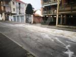 VENARIA - Autobus perde il gasolio e provoca il tamponamento fra tre auto - immagine 1
