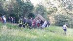 TRAGEDIA A VARISELLA - Muore ribaltandosi con lescavatore in un campo - FOTO - immagine 1