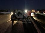 COLLEGNO - Tamponamento in tangenziale: tre auto coinvolte e quattro feriti - FOTO - immagine 1
