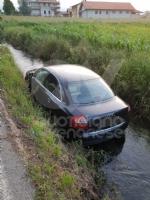 MAPPANO - Auto in un canale in strada Goretta: è giallo - immagine 1
