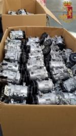 RIVOLI - In un magazzino di Cascine Vica erano nascosti compressori e motorini rubati - immagine 1