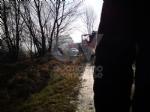 COLLEGNO - Incendio in un cascinale vicino alla statale 24 - immagine 1