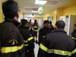 RIVOLI - I vigili del fuoco di Grugliasco, Rivoli e Rivalta in visita ai bambini ricoverati in ospedale - immagine 1