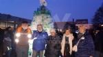 VENARIA - Alla Romero ecco lalbero creativo: realizzato con le bottiglie di plastica vuote - immagine 1