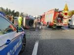 RIVOLI - Incidente in tangenziale, auto ribaltata: coinvolta attaccante della Juventus femminile - immagine 1