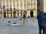 PROTESTA CONTRO LA DAD - Studenti in piazza a Torino per chiedere il ritorno in classe - FOTO - immagine 1