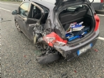 INCIDENTE IN TANGENZIALE - Scontro fra due auto vicino allo svincolo per Caselle: due feriti - immagine 1