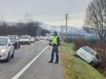 VENARIA - Auto finisce nel fosso dopo lo scontro con il suv lungo la sp1: due feriti - immagine 1