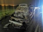 RIVOLI - Auto in fiamme in tangenziale: conducente riesce a mettersi in salvo - immagine 1