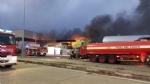 BORGARO - Incendio in azienda: colonna di fumo e aria irrespirabile - FOTO - immagine 1