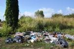 GRUGLIASCO - Grazie alle telecamere scovati 32 «furbetti dei rifiuti» - FOTO - immagine 23