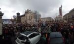 TORINO - In piazza per sostenere la Tav da tutti i Comuni della zona - FOTO - immagine 7