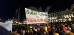 VENARIA - Tante «sardine» venariesi alla manifestazione di questa sera in piazza Castello - immagine 2