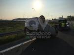 TORINO-RIVOLI - Si ribalta con lauto mentre va a lavoro: ferito 28enne rivolese - immagine 2