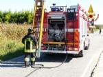 MAPPANO - Autocarro si ribalta nel fossato dopo lincidente: intervento dei vigili del fuoco FOTO - immagine 2
