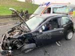 VENARIA - Pauroso incidente: auto finisce contro i jersey in cemento, ferito venariese del 98 - immagine 2
