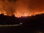 ALLARME INCENDI - Rientrano in casa le persone evacuate. Resta lemergenza a Givoletto e Cafasse - FOTO e VIDEO - immagine 2