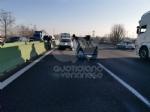 COLLEGNO - Si ribalta con la 500 in tangenziale: ferito 23enne di Collegno - immagine 2