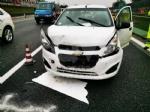 COLLEGNO - Tamponamento in tangenziale: tre auto coinvolte e forti disagi al traffico - immagine 2